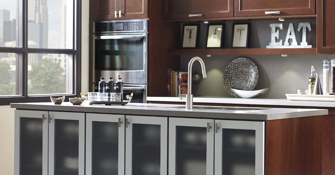 Welcome to a world of cabinetry options. & Thomasville Cabinetry kurilladesign.com