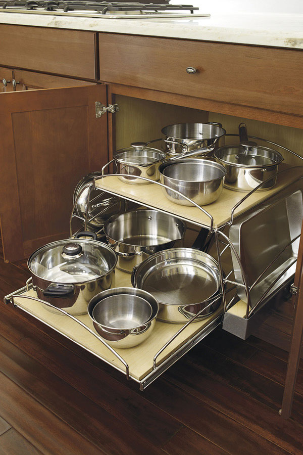 Thomasville Organization Base Pots And Pans Pullout