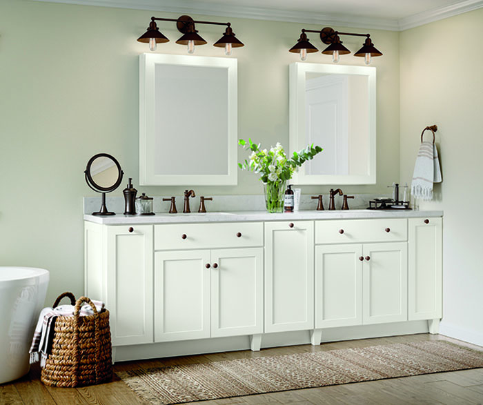 Casual bathroom maple white B2