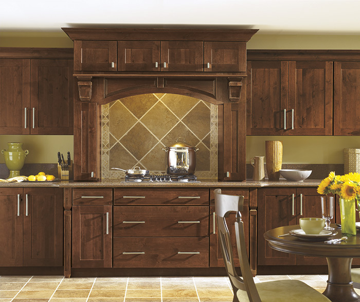 Traditional kitchen alder barrell
