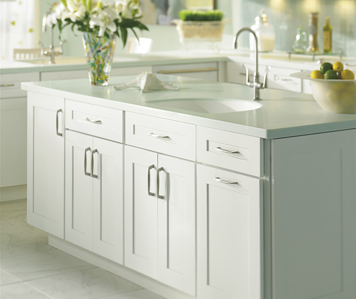 Traditional kitchen maple white 7