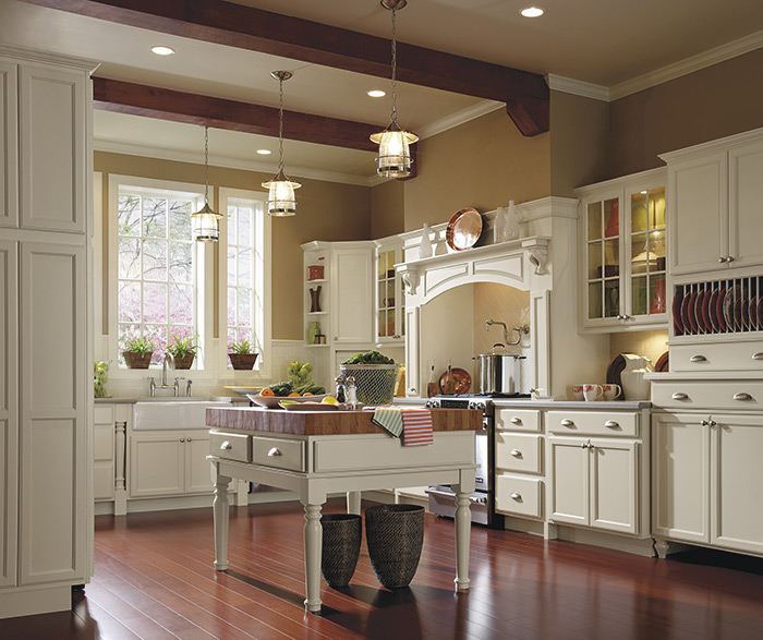 Traditional kitchen maple dover