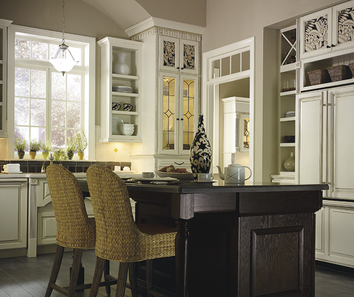 Plaza maple amaretto creme kitchen